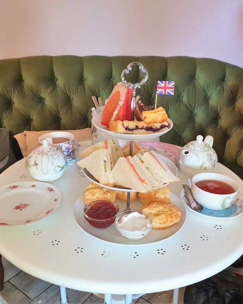 Afternoon Tea im Café Little Britain